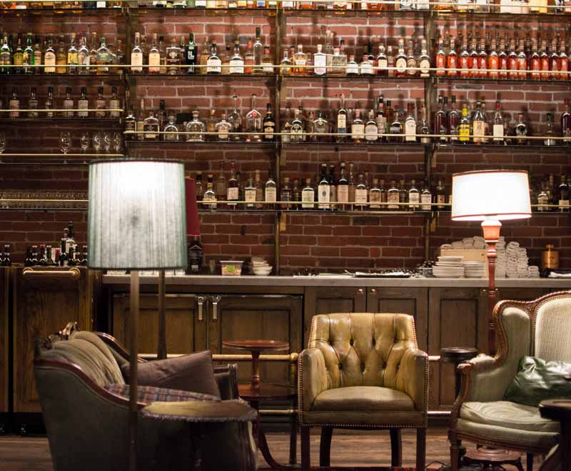 Multnomah_Whiskey_Library